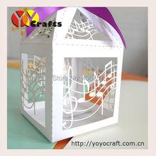 50 шт./лот 10 цветов лазерная резка нот Свадебная коробка конфет сувенир сладкий подарок коробка конфет свободная лента