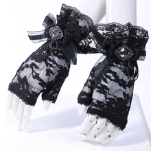 Gothic Style Fashion Queen Lace Gloves with Floral Pattern Steampunk Women's Match Accessories Mittens Transparent Wrist Gloves
