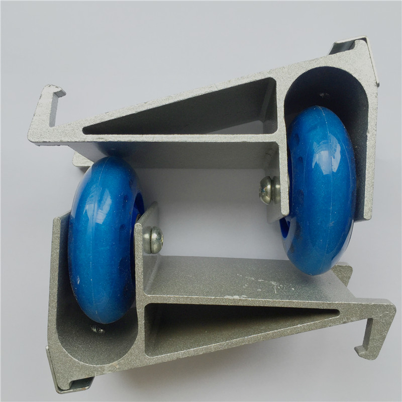 Auxiliary wheels for one wheel self balance scooter in stock training wheels of one wheel electric unicycle