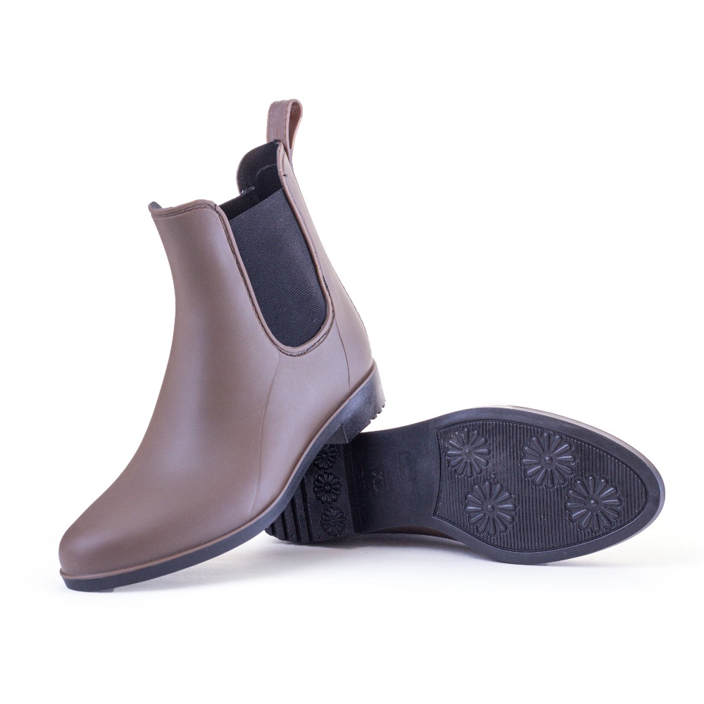 2018 NEW! Classic All-Match Rain Boots for Women PU Waterproof Boots Black & Brown