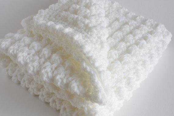 Handmade de espessura extra de crochê / xale. Ideal do / chuveiro / bebê