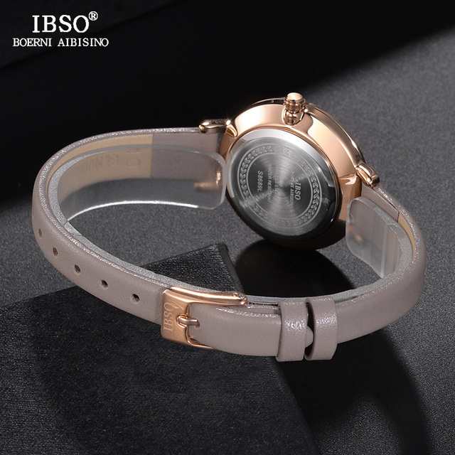 Women's Fashion Leather Watch