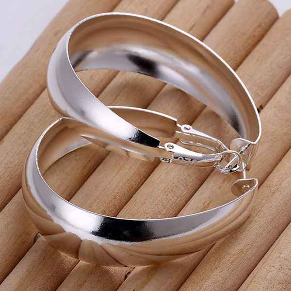 wholesale silver plated earrings,925 fashion Silver jewelry egg hoop Earrings for women SE018