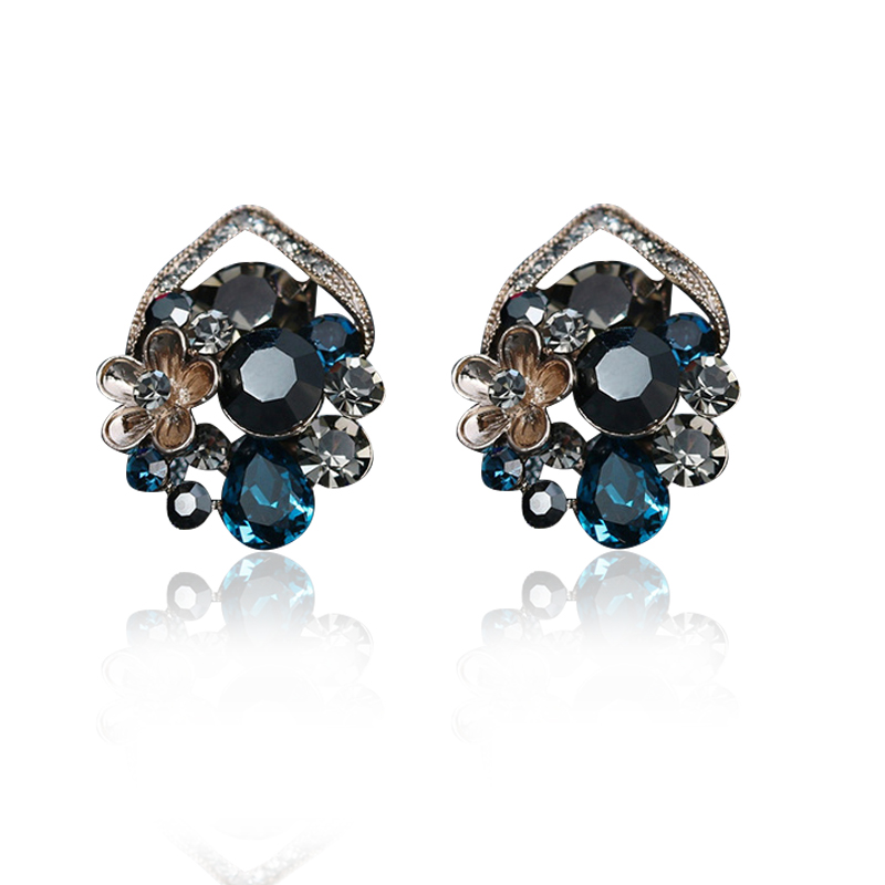 Vintage Rose Flower Earrings For Women Classic Romantic Crystal Stud Earring Punk Rhinestone Gold Color Fine Jewelry Brincos