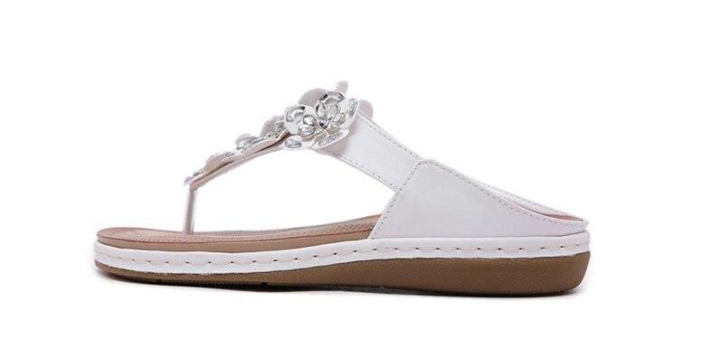 New 2019 ethnic women`s sandals cross-border bohemian rhinestones large size comfortable flat shoes beach shoes (6)