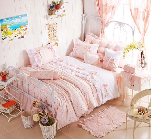 girls pink bedding