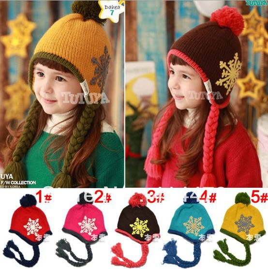 Free Shipping!2013 New Wholesale Knitted Kids Hats Fashion Christmas Snow Pattern Winter Earflap Caps/Children Pom Beanie Hats
