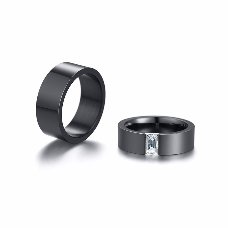 Vnox Stylish Wedding Bands for Couples Black Stainless Steel Rings for Women Men Boy Girl Party Accessories 4