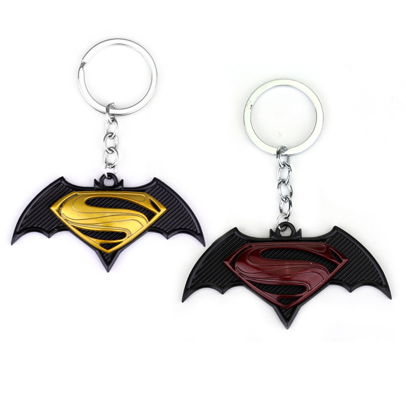 MQCHUN New Jewelry The Avengers Batman Superman Key Chain Super hero Pendant Keychain Metal Keyring Keychain for Fans Men Gift