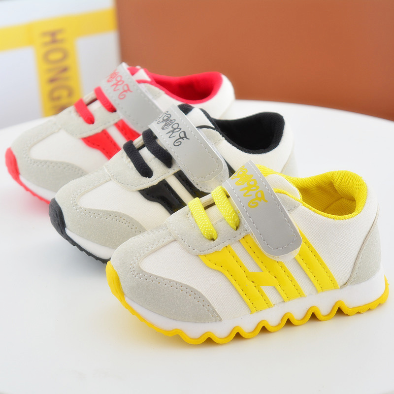 Hot Kids Sports Shoes Children's Canvas Shoes Boys Sneakers Antislip Soft Bottom Girls Running Shoes 3 Color Baby Toddler Shoes