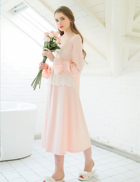 Spring & summer sweet lace cotton Nightgown loose and comfortable long sleeved  women's Leisure wear Elegant long nightgown