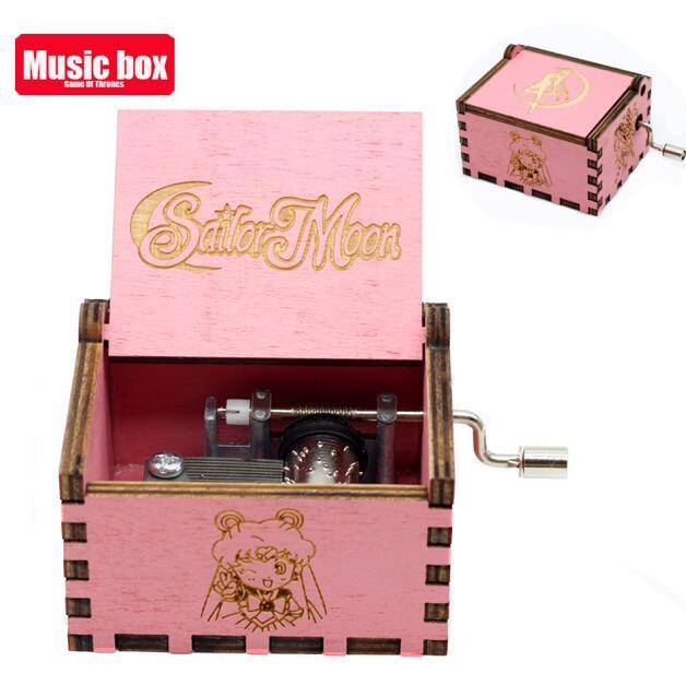 Старинная резная музыкальная шкатулка королева Кривошип Сейлор Мун деревянная музыкальная шкатулка Рождественский подарок на день рождения вечерние украшения - Цвет: Sailor Moon