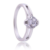 Austrian Crystals Classic Engagement Rings Wedding Imitated  Ring   R812