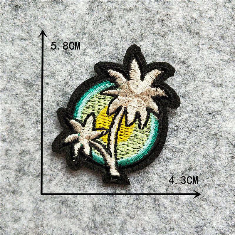 Мультяшная декоративная заплатка, сердце, дерево, Бабочка, узор, вышитая аппликация, нашивки для DIY, железные наклейки на одежду - Цвет: C6254