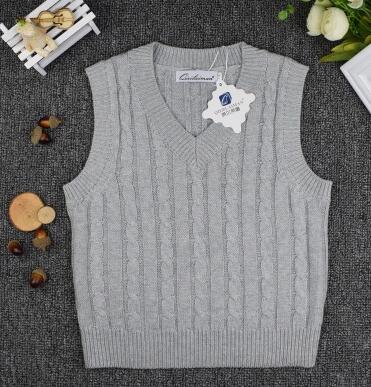 Купить свитера для мальчиков на весну и осень пуловер с v образным