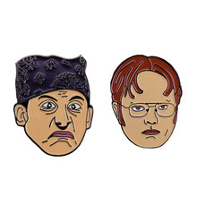 Dwight Schrute dan Michael Scott Lembut Enamel Pin Set(China)