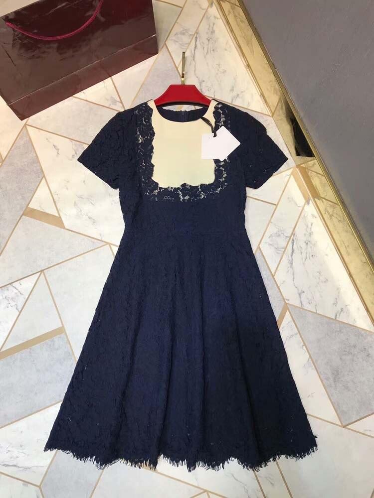 แฟชั่นผู้หญิง 2019 o   neck ชุดเย็บปักถักร้อย 3 สี at190104-ใน ชุดเดรส จาก เสื้อผ้าสตรี บน   1