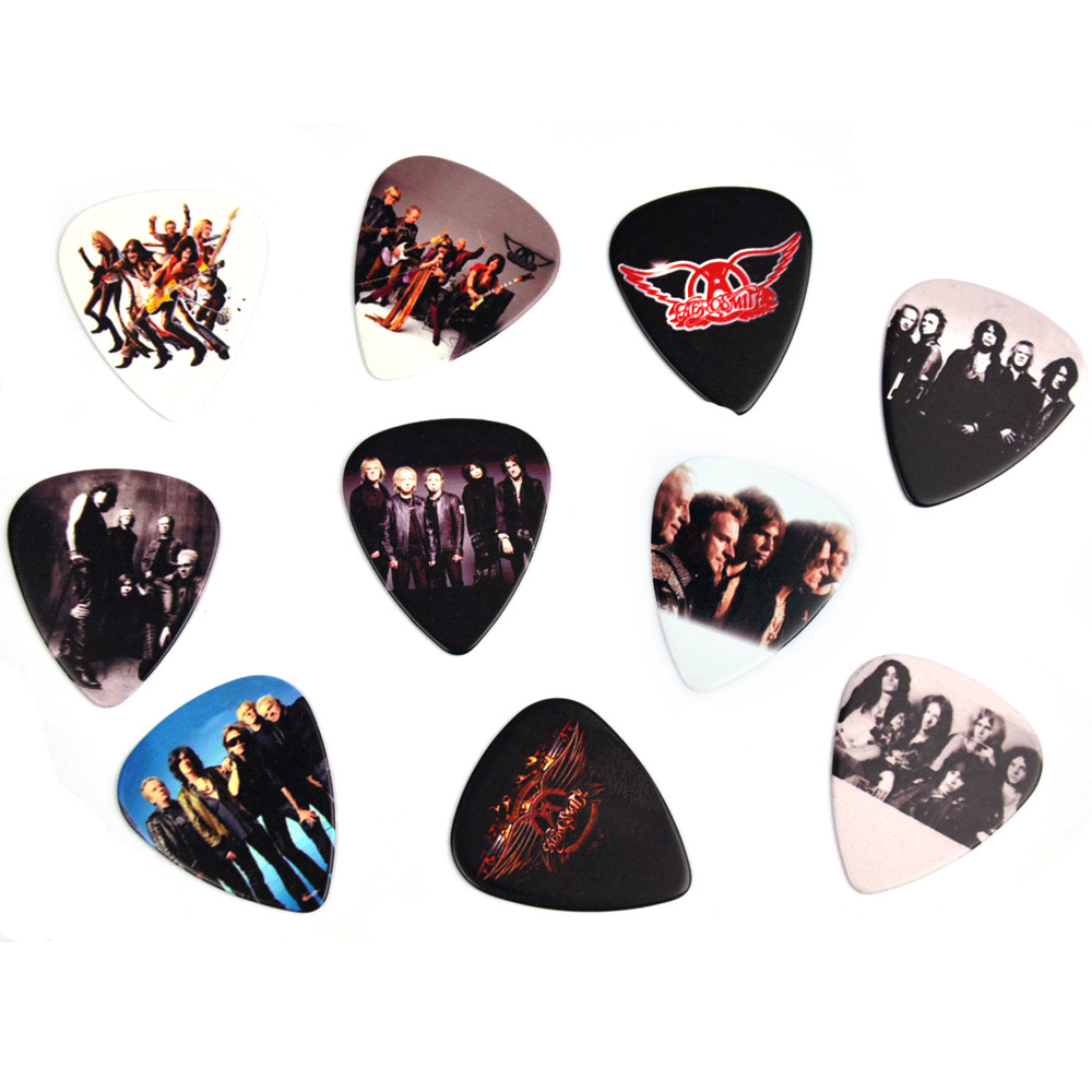 Lots of 10 pcs Rock Band Aerosmith Guitar Picks Plectrums Medium 0.71mm