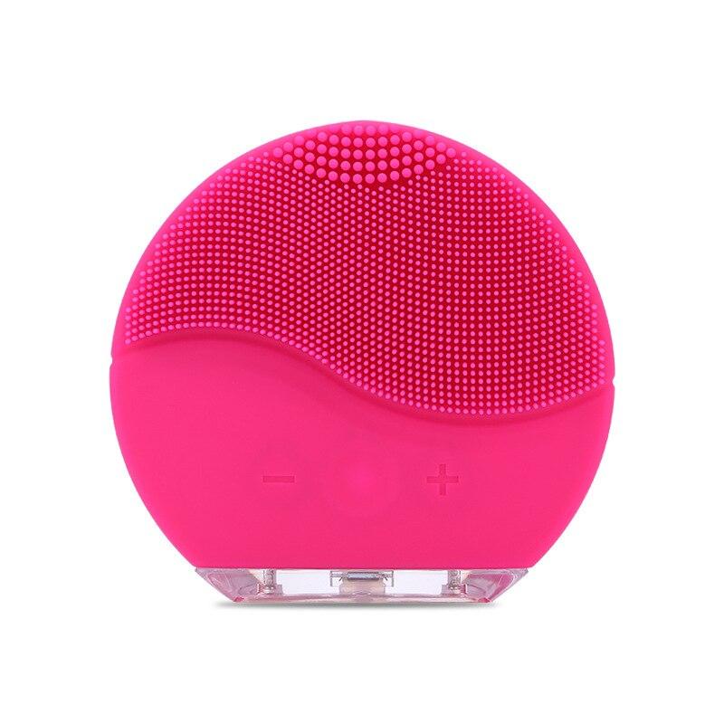 Новая электрическая Очищающая щетка для лица силиконовая звуковая вибрация мини очиститель глубокий кисточка для чистки пор кожа Массажная щетка для лица очищающая купить на AliExpress
