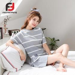Новые поступления пижама в полоску Femmel 2018 Лето Для женщин пижамные комплекты футболка для девочек серый Pijamas Mujer комплекты для сна домашняя