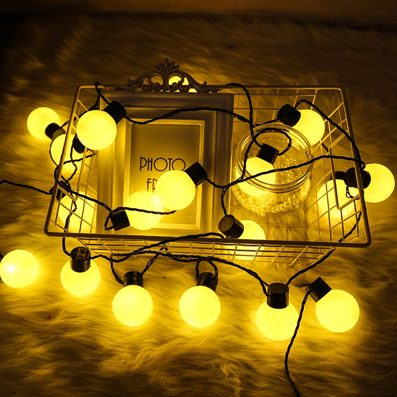 20 LED Globe Festoon Party Ball String Light Outdoor Led Christmas Lights Connectable Fairy Light Wedding Garden Party Garland