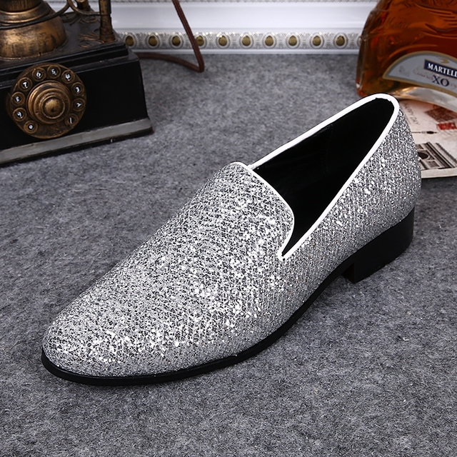 Hot Silver Leather Chaussure Homme Slip On Mocassin Men Loafers Casual  Flats Men Glitter Mens Wedding Shoes Flat Men Dress Shoes 005648a5ad62