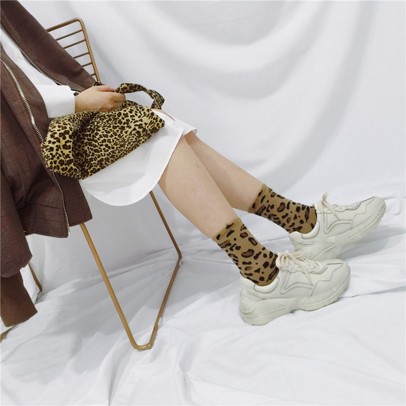HUI GUAN Simple Retro Classic Leopard Print   Socks   Korean And Japan Style Soft Stretchy   Socks   Women Cozy Fashion Women   Socks