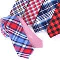 Comprar Uno Propio Dos de Doble Cara 100% del Algodón de la Tela Escocesa Corbatas los hombres de Moda 5 cm Corbata Delgada Corbata 2017 Nuevo Diseñador Rojo Flaco lazos