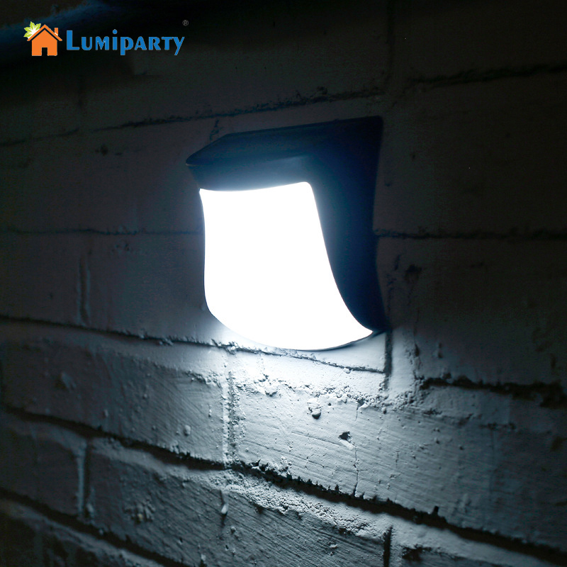 Lumiparty Cute Outdoor Solar Power Fence Light Waterproof Solar Wall Lamp Auto On Off Garden Path