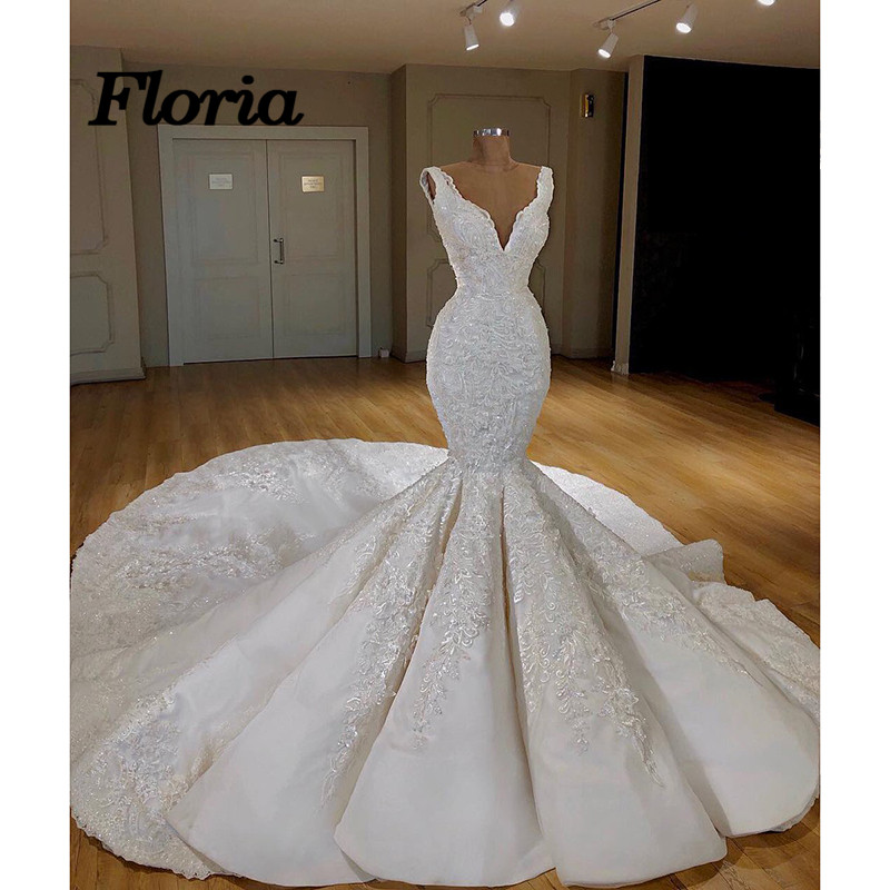 Elegant Sexy V Turkish Islamic Wedding Dresses 2018 New Lace Bridal Dress Arabic Gelinlik Kaftan Bridal Gowns Vestido De Noiva Leather Bag