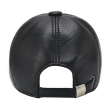 [AETRENDS] 2017 New 6 Panels 100% Leather Baseball Caps Men Black Sheepskin Leather Hats for Men Snapback Caps Z-5292