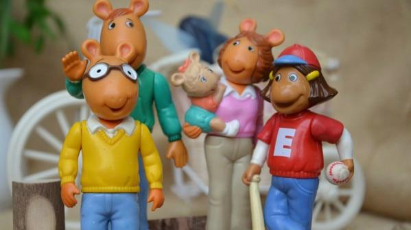 Kids Toys Action Figure: Children Toys Action Figure PVC Dolls Arthur Family