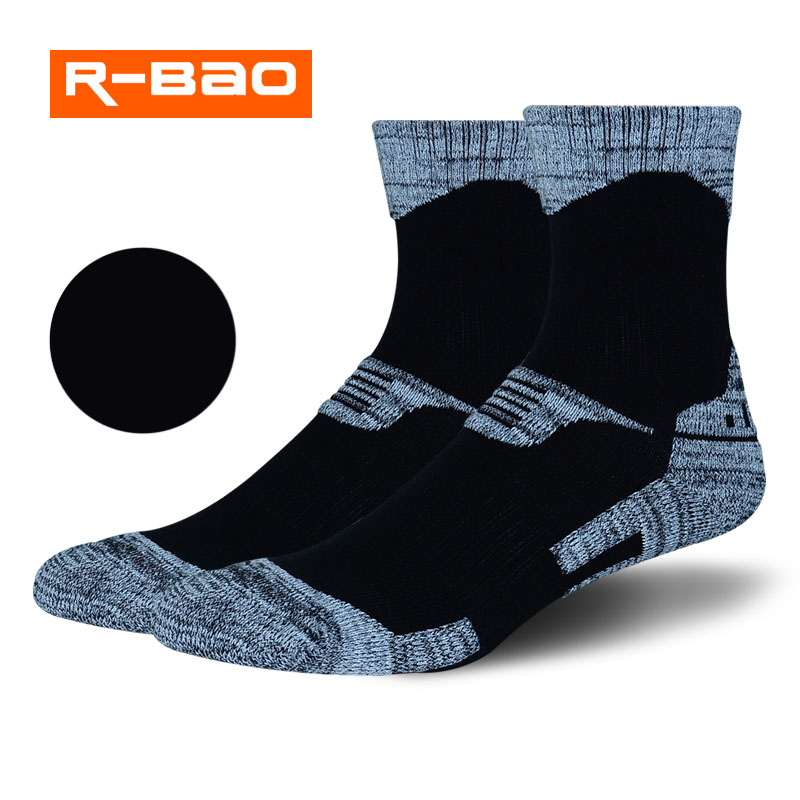 Wholesale New 2018 Outdoor Mountaineering Skiing Thick Warm Winter Sweat Wicking Men Women Camping Hiking Running Towel Socks