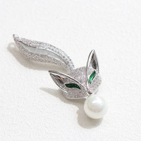 Brand Crystal Rhinestones Pave Fox With Baby Brooches in Silver Color