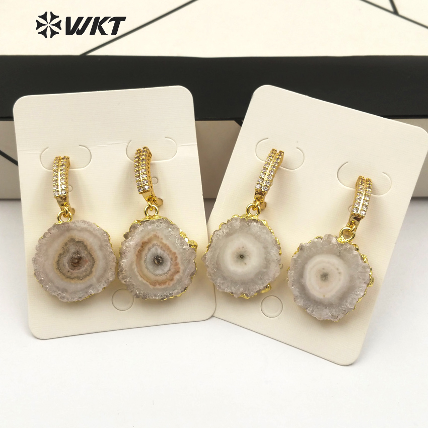 WT E477 WKT Wholesale elegant natural stalactite quartz drop earring white round shape stone with gold