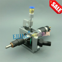 ERIKC Auto Common Rail Injector Clamping Tool Universal Grippers Diesel Oil return Device E1024004 for Bosch series Injectors