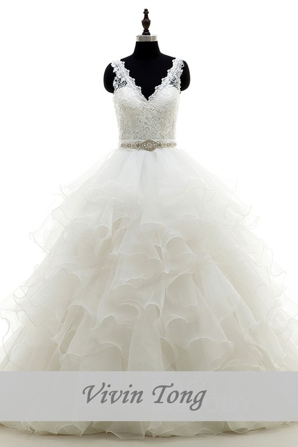 Hot Selling V Neck Low Back Tiered Organza Skirt Lace Top Designer Wedding Reception Dress