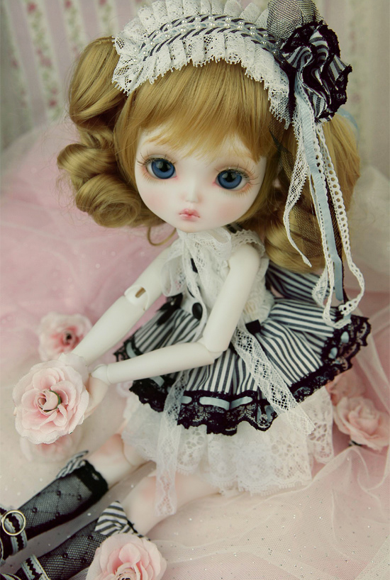 free shipping HeHeBJD 14 bjd Clarice  big-headed Lovely and charming.