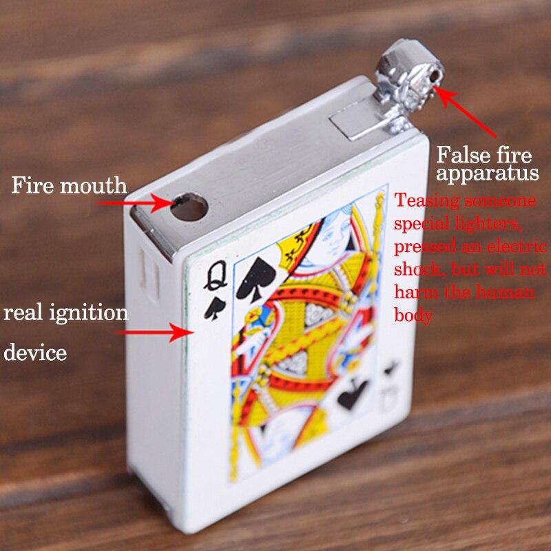 1pc tonto de Abril mechero descarga eléctrica creativa de gas butano encendedor de cigarrillos de Poker encendedor para cigarro les Moulineaux Valle herramienta