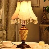 Modern Retro Abajur Hand Carved Leaf Shape Body Resin Desk Lamp Fixtures For Bedroom Living Room Table Lights Lamparas De Mesa