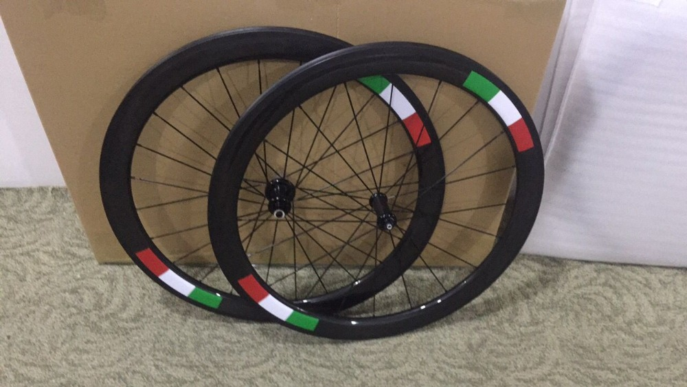 2018 newest oem logo bicycle carbon wheels 3k glossy basalt surface clincher 700C diy logo full bike wheels with ceramic hubs цена
