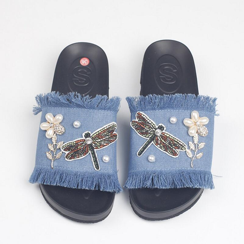 best service 5361d 7b583 US $17.2 20% OFF|Luxus perle perlen blume denim sandalen frauen niedliche  libelle appliques flip flops damen jeans quaste hausschuhe schuhe s108-in  ...