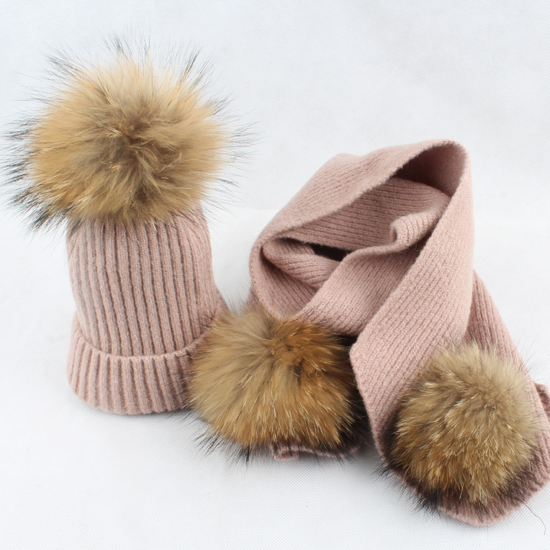 Lady Fashion 30% Wool 70% Acrylic Scarves And Hats Sets 15CM Raccoon Fur Pom Poms Female Winter Warm Neck Rings  LF4163