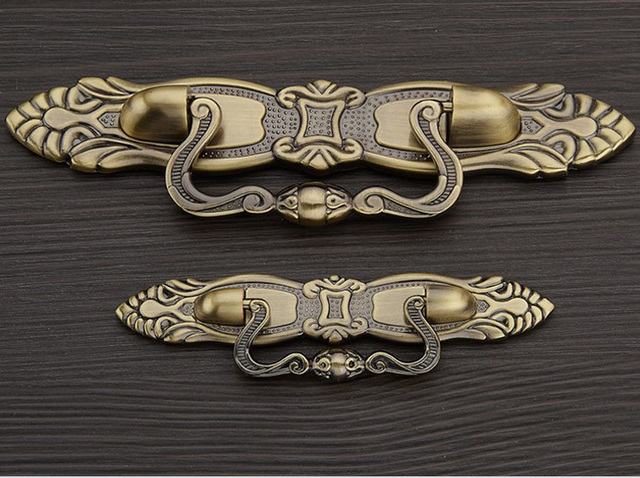 12 PCS/LOT Furniture Fitting Kitchen System Ambry Knob And Shoe Cabinet Door Handle Classical Antique Bronze ( C:C:96MM L:172MM)