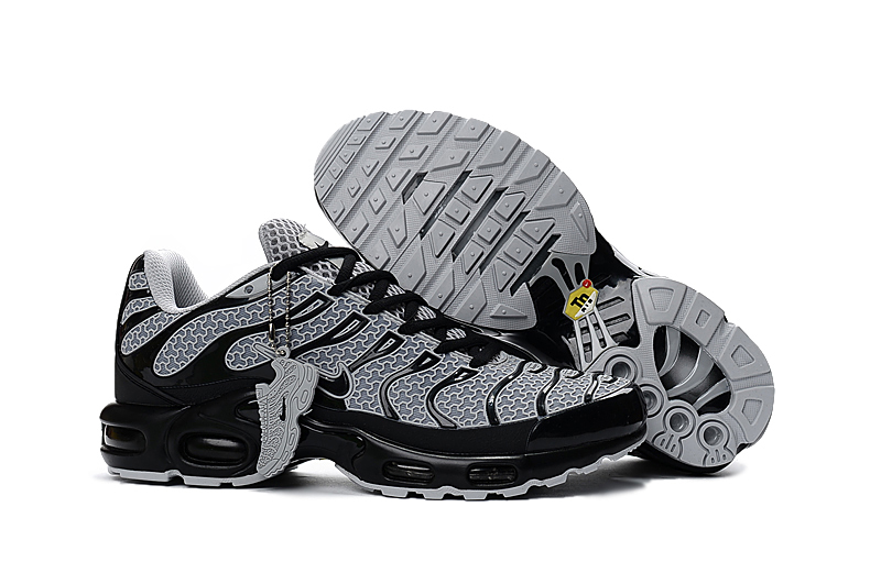 NIKE AIR MAX PLUS TN Men's Breathable Running shoes Sports Sneakers platform KPU material Tennis shoes 40-46 42