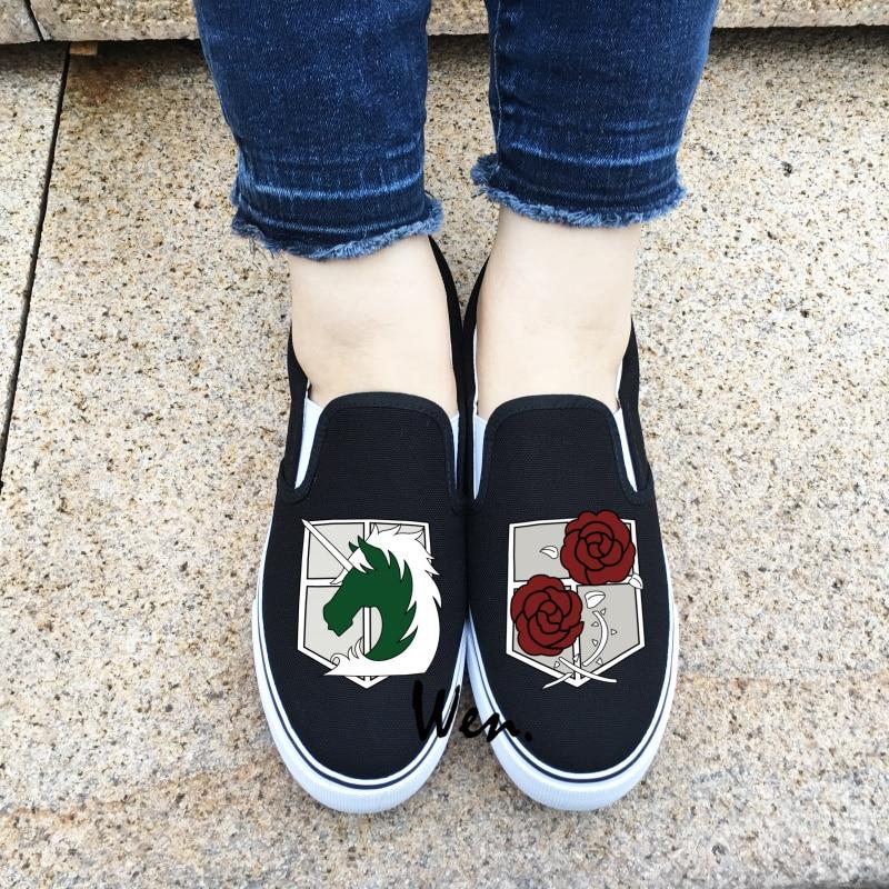 Prix pour Wen Blanc Noir Glissement Sur La Toile Chaussures Conception Police Militaire Régiment Logo Attaque sur Titan Stationné corps Unisexe Sneakers JH01