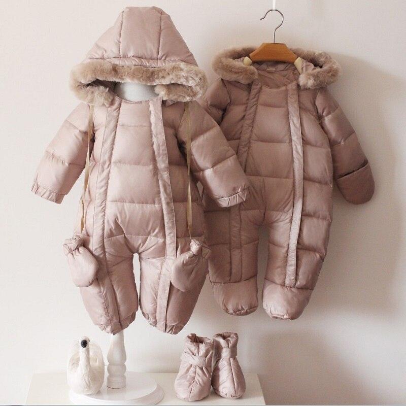 2017 Infantile Bébé Vestes D'hiver De Mode Nouveau-Né Infantile Garçon Habit de Neige 90% Duvet de Canard Manteaux avec des Chaussures et Gants Filles de Neige porter