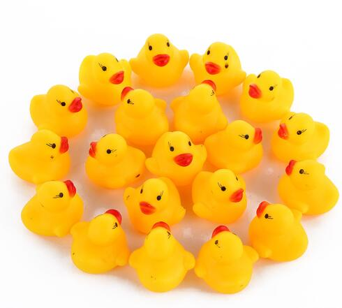 5pcs/lot Cute Baby Kids Squeaky Rubber Ducks Bath Toys Bathe Room Water Fun Game Playing Newborn Boys Girls Bath Toys for Childs