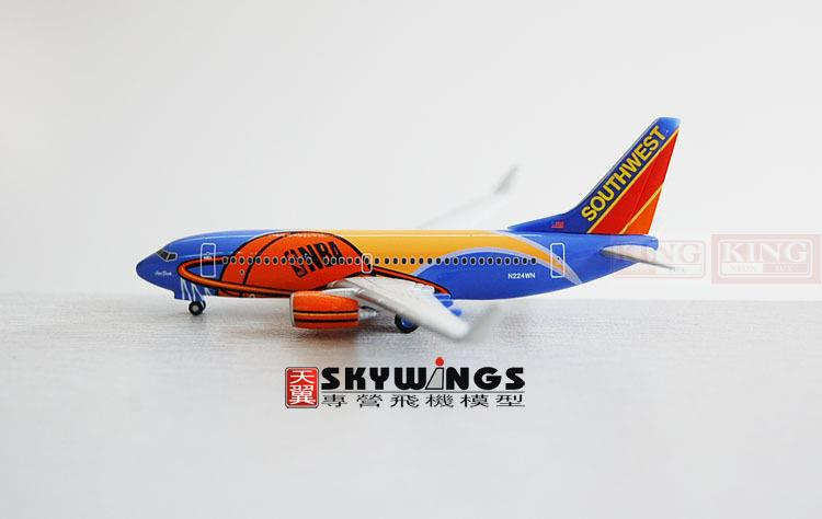Herpa 503211 Southwest Airlines N224WN 1:500 B737-700/w commercial jetliners plane model hobby sale phoenix 11221 china southern airlines skyteam china b777 300er no 1 400 commercial jetliners plane model hobby