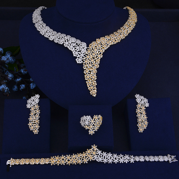 Elegant Crystal Rhinestones Large Choker Necklace Earrings Bracelet Ring Set  2
